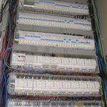 Strukturovaná kabeláž pro inteligentní rozvody elektriky domů a provozoven
