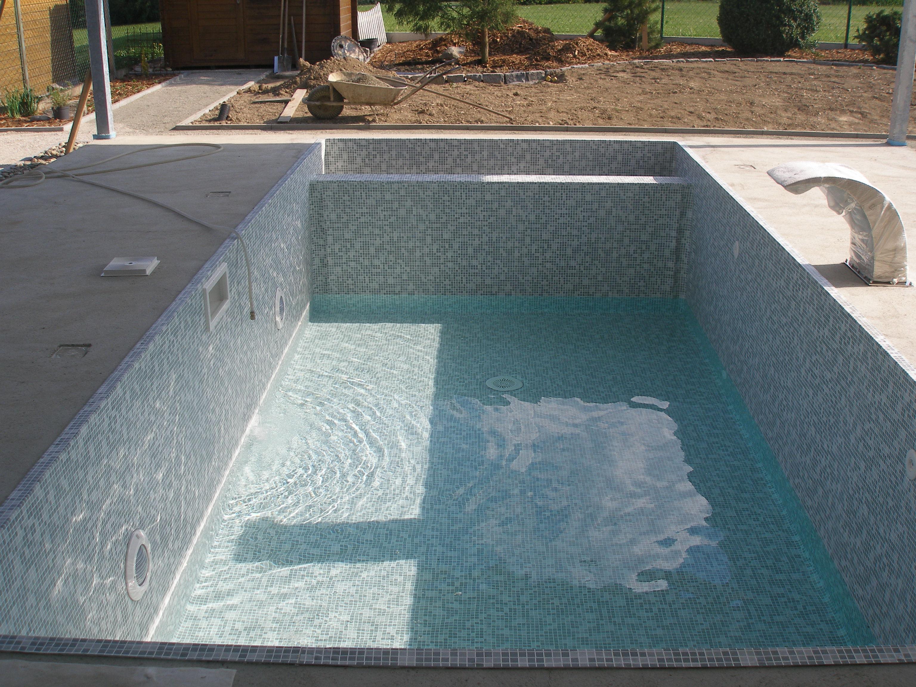 Technologie bazénů (Františkovy Lázně, Trenčín, Rakousko)
